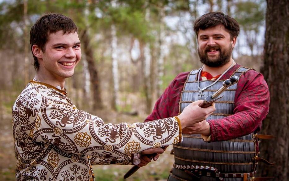 present-dar-sword-rus
